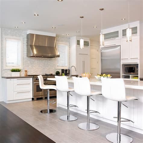 cuisine style cagne contemporain cuisine style contemporain avec comptoir de quartz http
