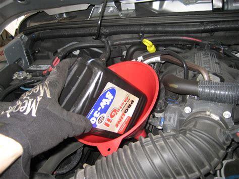 2015 Suburban Motor Oil Type