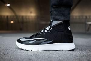 A Closer Look at the Nike Zoom HyperRev Black | HYPEBEAST  Hyperrev