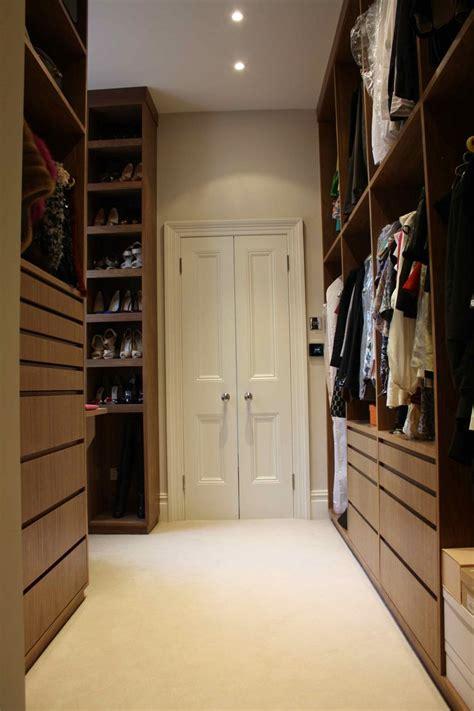 beautiful dressing room  walk  wardrobes leading