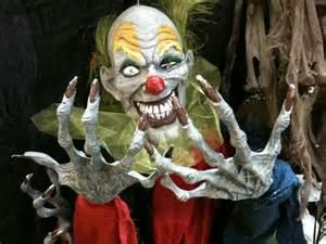 Scary Clown Halloween Costume