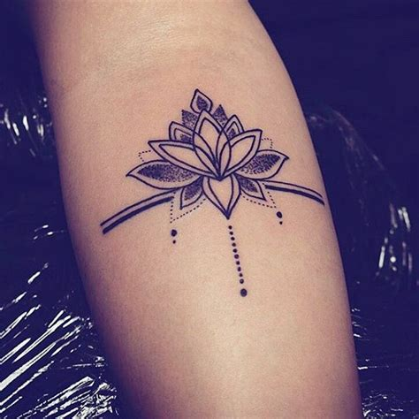 Tatouage Phrase Tour De Cuisse Femme Tattoo Art