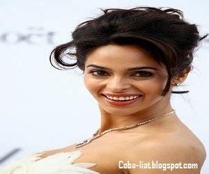 artis india  terkenal  tercantik   coba liat
