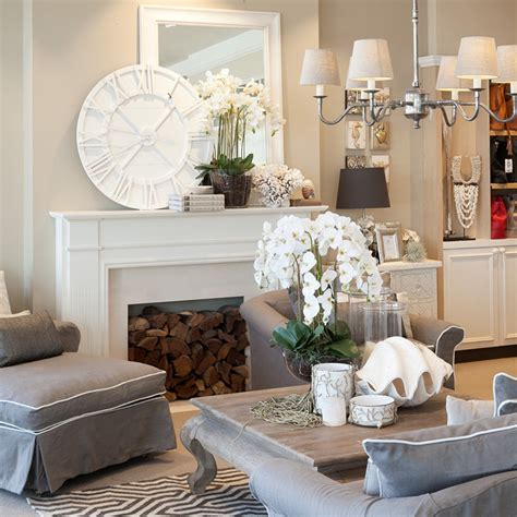Best Decorating Blogs by Htons Vs Provincial Lighting Superstore