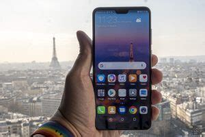 Huawei P20 Pro Gives You MOOORE Lenses And MOOORE Colours