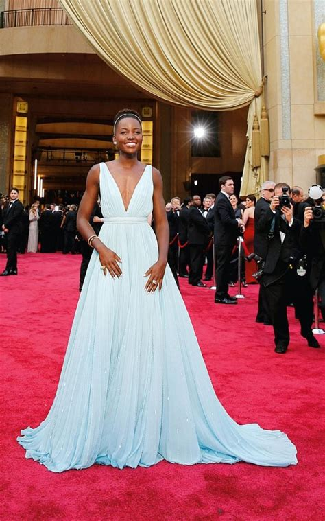 oscars gowns  changed  red carpet