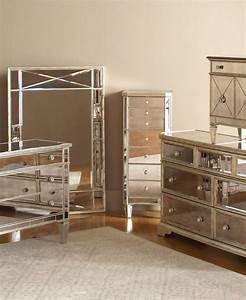 25+ Best Ideas about Mirrored Bedroom Furniture on ...