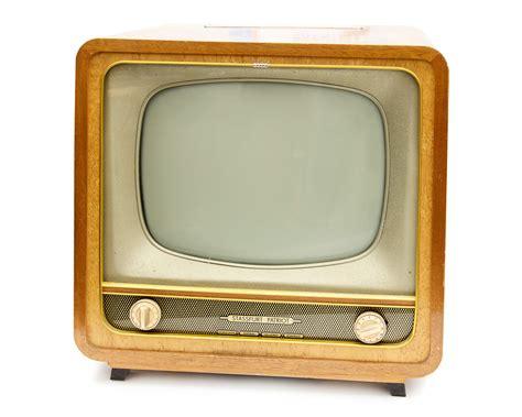 Fernseher Für Wand by Fernseher Pictures To Pin On