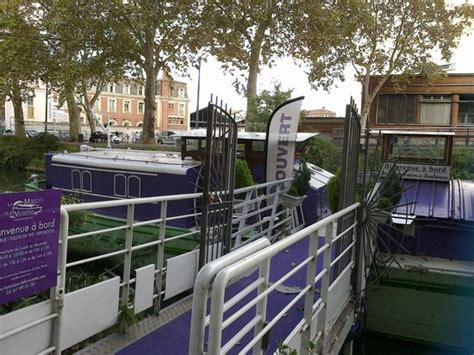 bateau boutique picture of la maison de la violette
