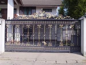 iron gates design gallery 10 images kerala home design With iron gate designs for homes
