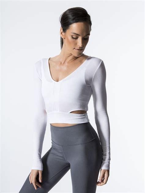 best ballet barre workout ballet and barre workout clothes popsugar fitness