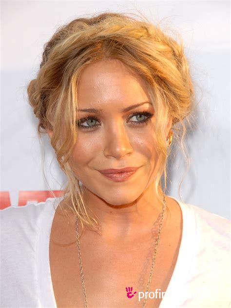Mary Kate Olsen     hairstyle   easyHairStyler