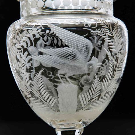 vasi in vetro con coperchio splendida coppia di vasi con coperchio in vetro finemente