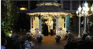 Wedding vow renewalsviva las vegas weddings blog viva for Outdoor vegas weddings