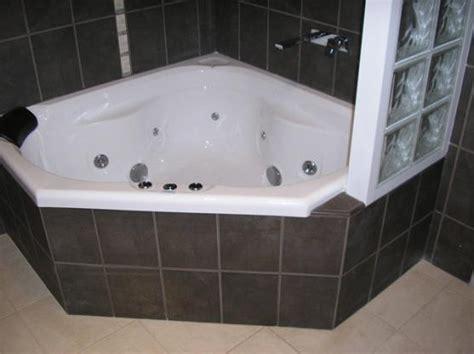 Bathroom Spa Baths Melbourne by Corner Bath Design Ideas Get Inspired By Photos Of