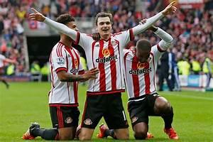 Sunderland's Adam Johnson apologises for his goal ...