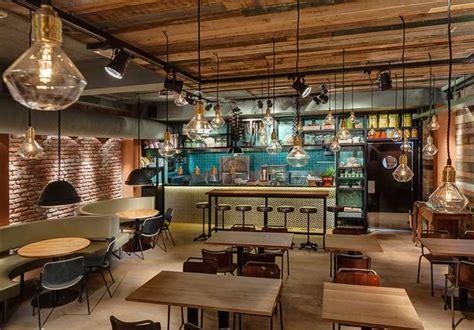 cuisine type industriel du mobilier style industriel dans un restaurant