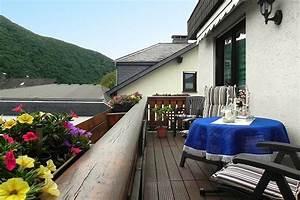 ferienwohnungen haus marlies ellenz poltersdorf mosel With markise balkon mit tapete guido maria
