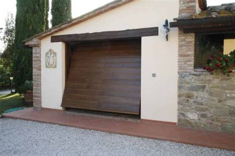 portoni garage sezionali prezzi tuscany porta basculante linea legno porte basculanti