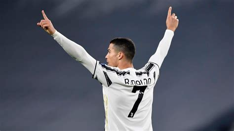 Cristiano Ronaldo Nets 750th Career Goal During Juventus ...