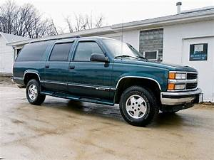 129 0802 02 Z 1995 Chevy Suburban 1500 Stock
