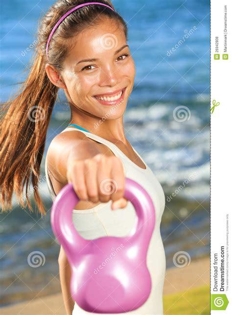 kettlebell woman training addestramento treinamento mulher donna