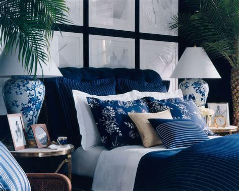 apartmentf sleeping   blue  white porcelain bowl