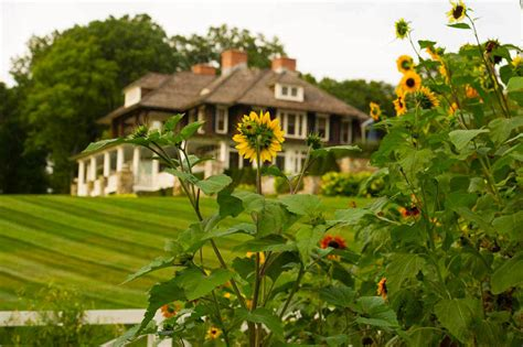 gardener s majestic hudson river home is surrounded by
