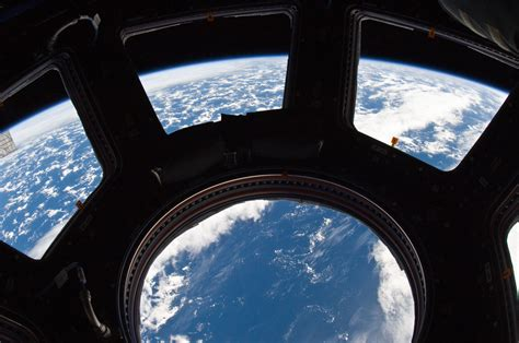 iss cupola space in images 2012 03 windows for manned spacecraft