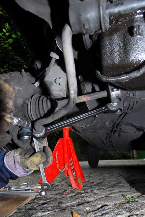 changer  triangle de suspension conseils mecanique