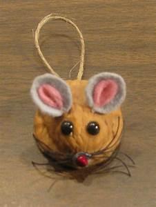 Basteln Mit Nüssen : mouse made from a walnut shell term sk pek term sek ~ A.2002-acura-tl-radio.info Haus und Dekorationen