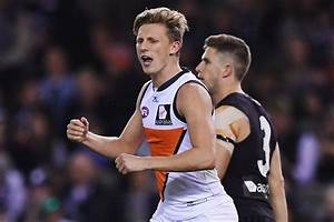 Giant has a giggle as fans bring the heat - AFL.com.au