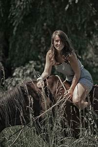 Bmi Berechnen Frau Kostenlos : junge frau und pferd foto bild portrait portrait frauen outdoor bilder auf fotocommunity ~ Themetempest.com Abrechnung