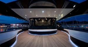 Yacht De Luxe Interieur : emerald ocean yacht luxe l ~ Dallasstarsshop.com Idées de Décoration