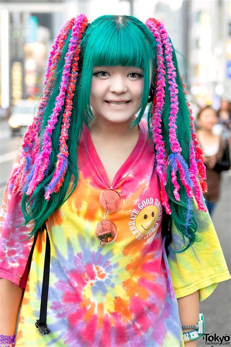 Harajuku Girls W Colorful Hair In Pokemon Fashion And Tie Dye