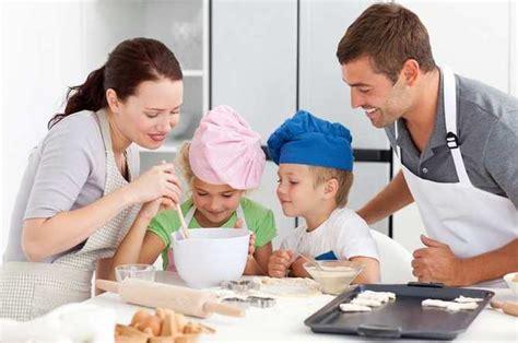 cours de cuisine en apprenez à cuisiner en famille grâce à un cours de cuisine