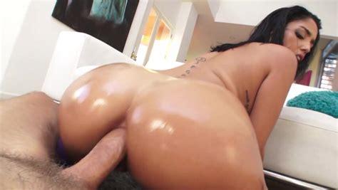 Ass Fucked Cuban Girl Gives A Nasty Atm Blowjob Pornid Xxx