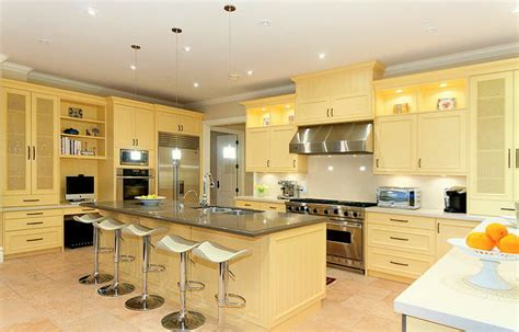 which color is best for kitchen a beautiful west vancouver estate home bunch interior 2035