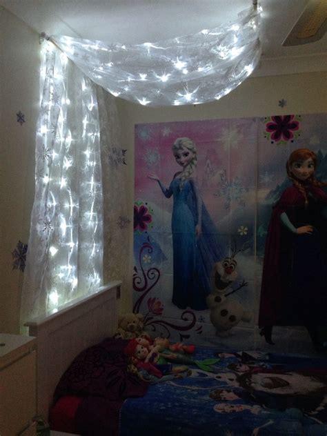 diy frozen bed canopy     daughters room