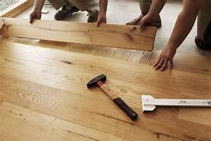 Revêtement De Sol Intérieur : maison en bois comment poser un rev tement de sol ~ Premium-room.com Idées de Décoration
