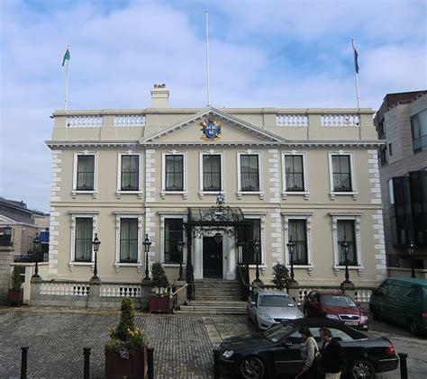 Ein Geist Spukt Im Haus Des Bürgermeisters  Irland News