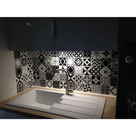 adh駸if pour carrelage cuisine carrelage pour credence cuisine excellent un carrelage mtro dans un petit cabinet de