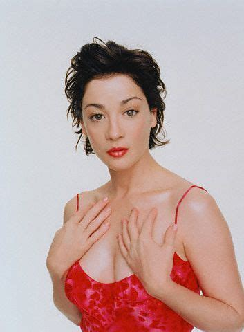 kelly king actress instagram moira kelly height weight age affairs wiki facts