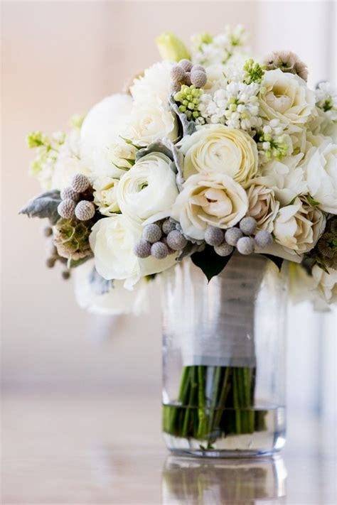 classically modern chicago wedding from bliss weddings and