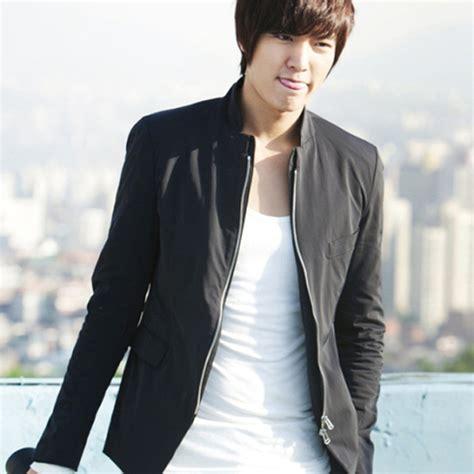 harga jaket korea pria jual jaket blazer pria min ho korean style sk 28 jual jaket blazer harga eceran dan