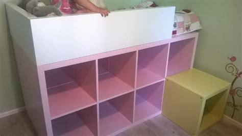 lit mezzanine ikea avec bureau ikea hack détourner et customiser une étagère kallax