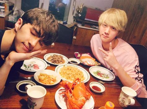 bts cuisine vixx 39 s ken and bts 39 s jin enjoy a chuseok feast together