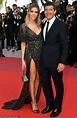 Antonio Banderas' girlfriend Nicole Kimpel dazzles in a ...