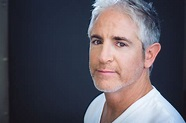 What Are You Reading? Carlos Alazraqui Edition | The New ...
