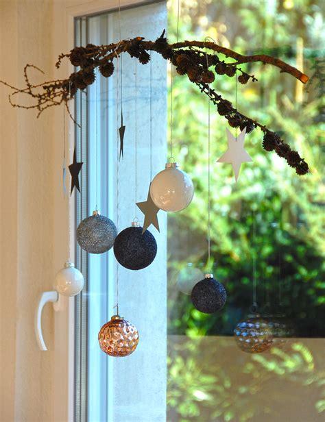 Fensterdeko Weihnachten Häuser by Fensterdeko Zu Weihnachten Roomilicious